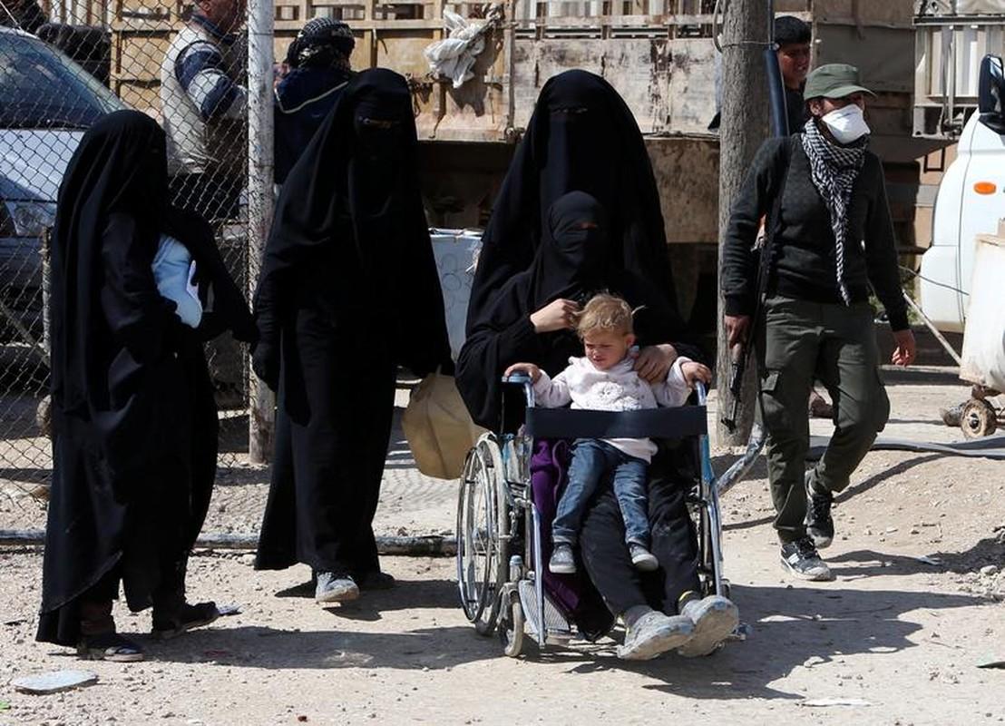 So phan nhung nguoi vo chien binh IS tai Syria-Hinh-11