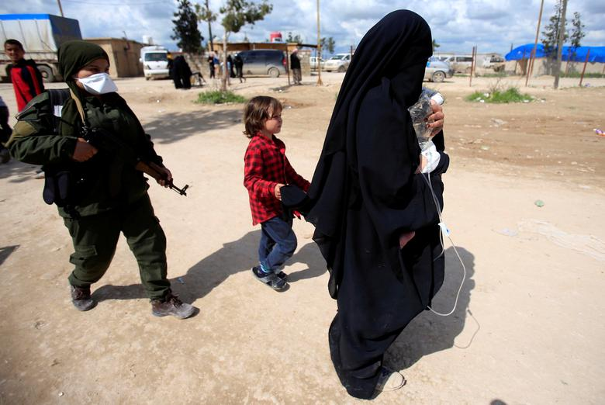 So phan nhung nguoi vo chien binh IS tai Syria-Hinh-9