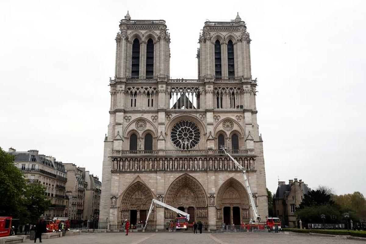 Chay nha tho o Paris: Nhung co vat vo gia nao duoc cuu?-Hinh-8
