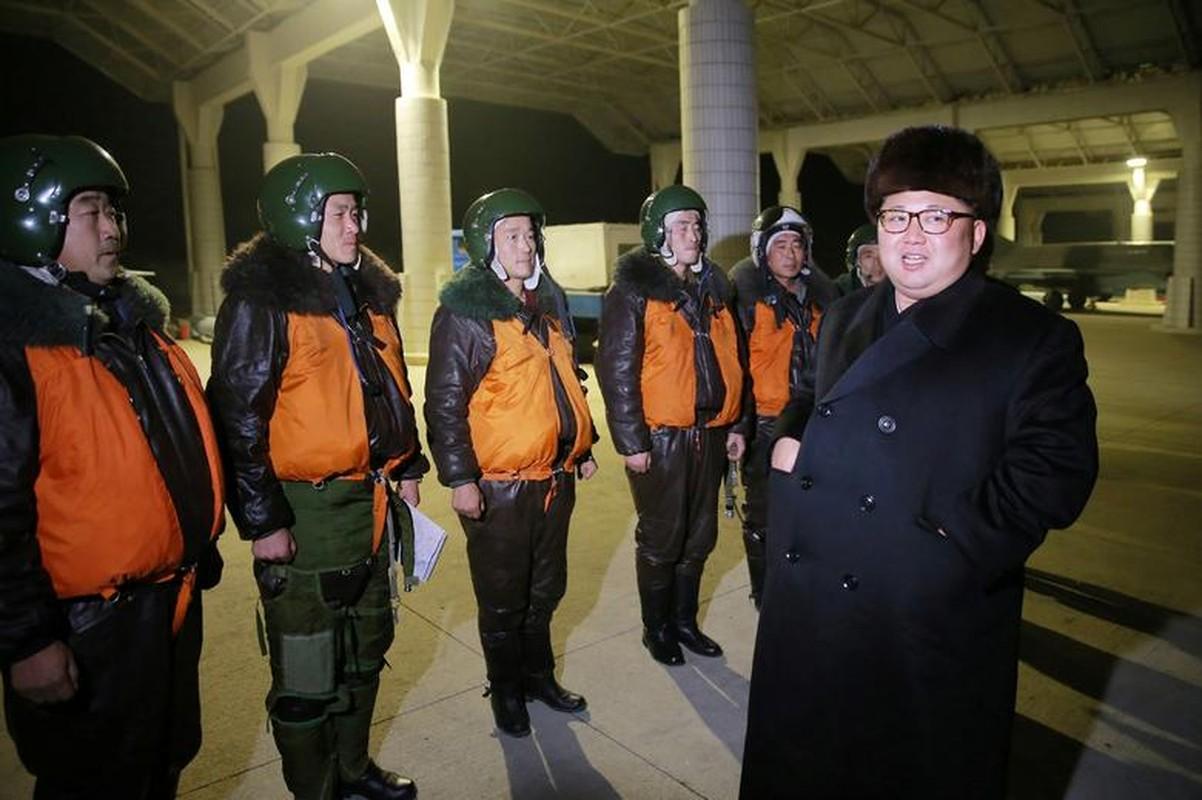 Loat hinh an tuong ve Tong Tu lenh Toi cao Kim Jong-un-Hinh-10