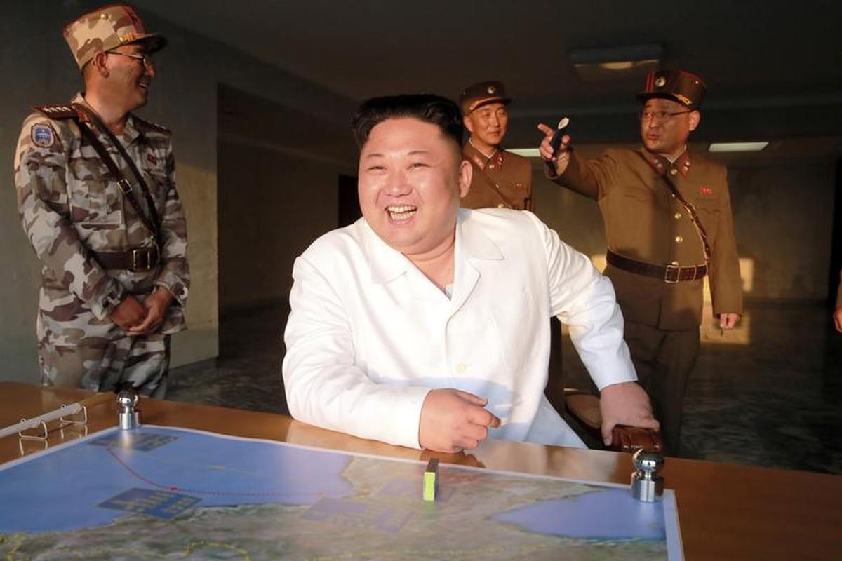 Loat hinh an tuong ve Tong Tu lenh Toi cao Kim Jong-un-Hinh-4