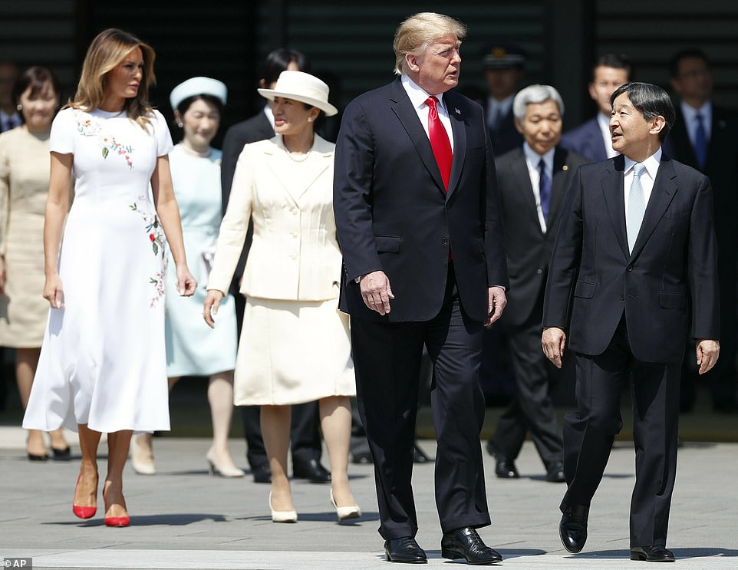 Tong thong Trump va man