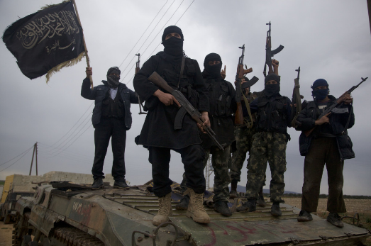Chien su ac liet, chi huy khet tieng HTS chet tham o Hama-Hinh-6