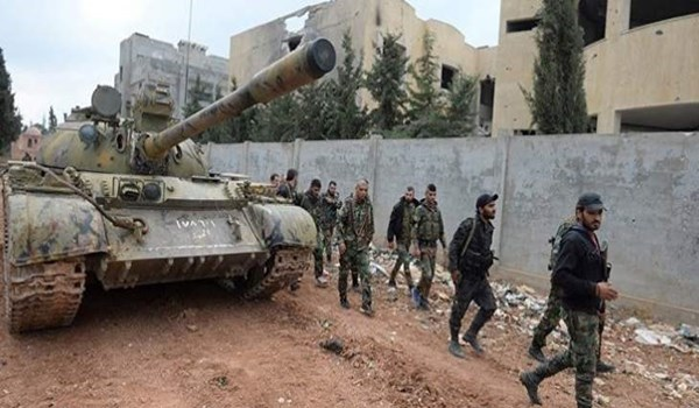 Khung bo dien cuong phan cong, tan sat binh si Syria tai Latakia
