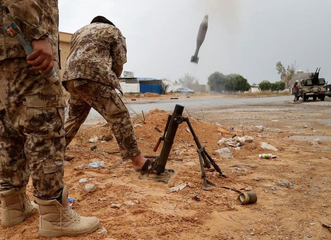 Chien su ac liet tai Tripoli: Hai thang chim trong khoi lua-Hinh-5
