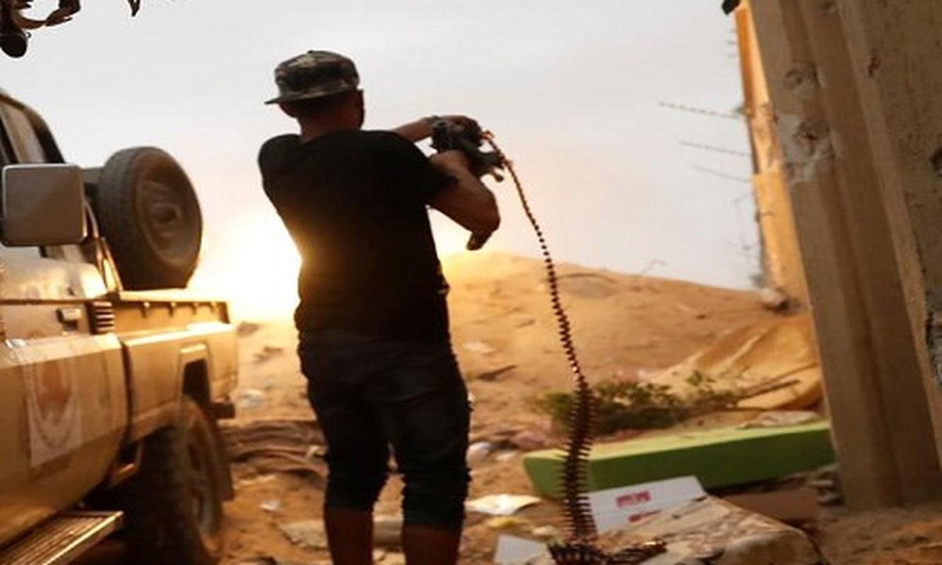 Chien su ac liet tai Tripoli: Hai thang chim trong khoi lua
