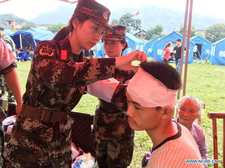 Tan hoang vu dong dat 200 nguoi thuong vong o Trung Quoc-Hinh-11