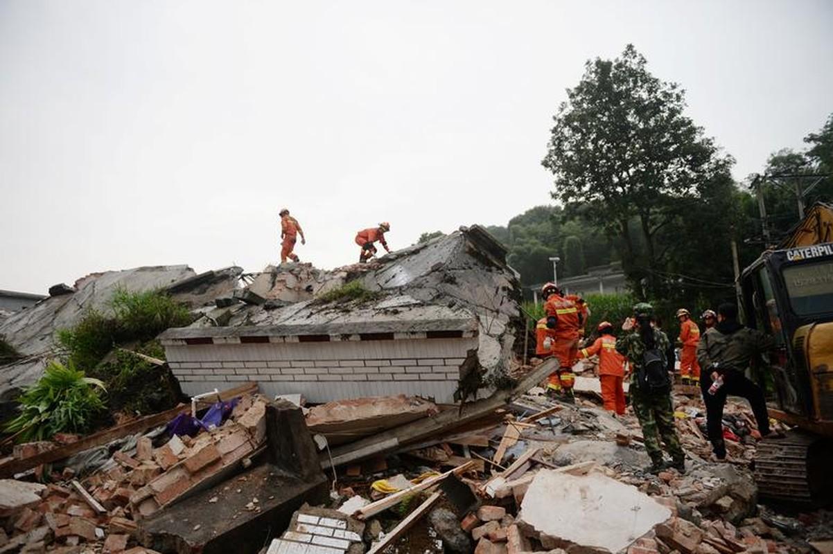Tan hoang vu dong dat 200 nguoi thuong vong o Trung Quoc-Hinh-6