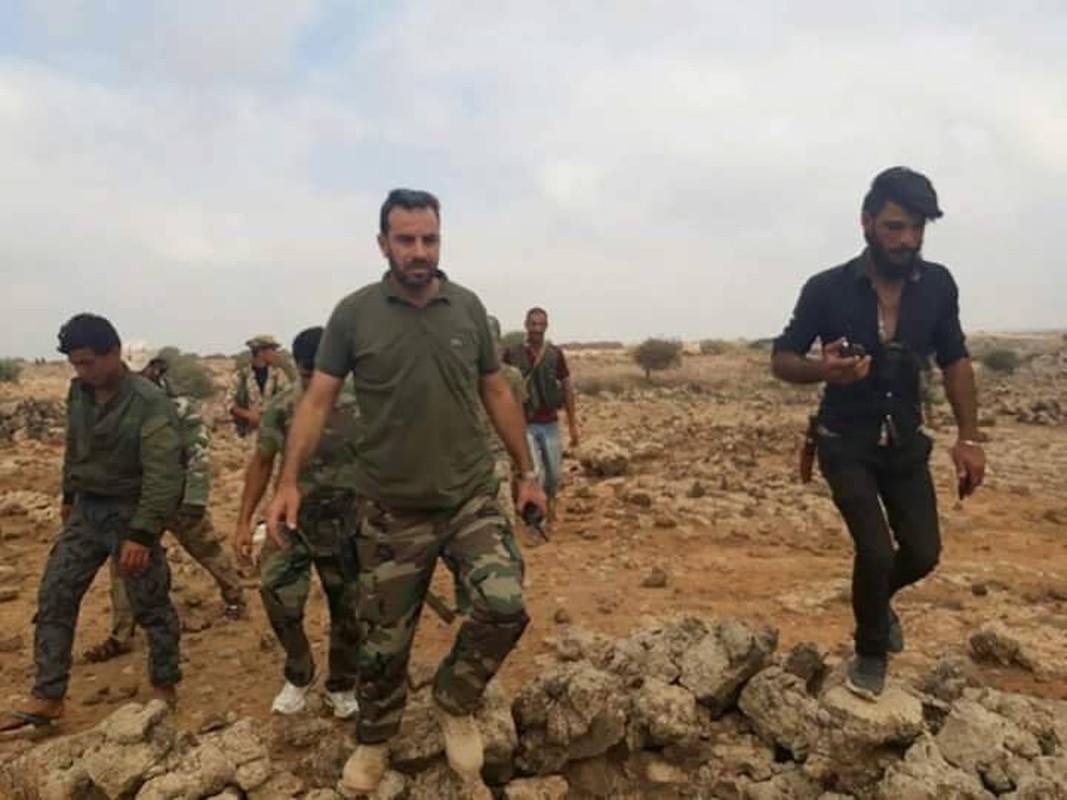 Syria dieu tiep vien hung hau toi Dong Homs, quyet