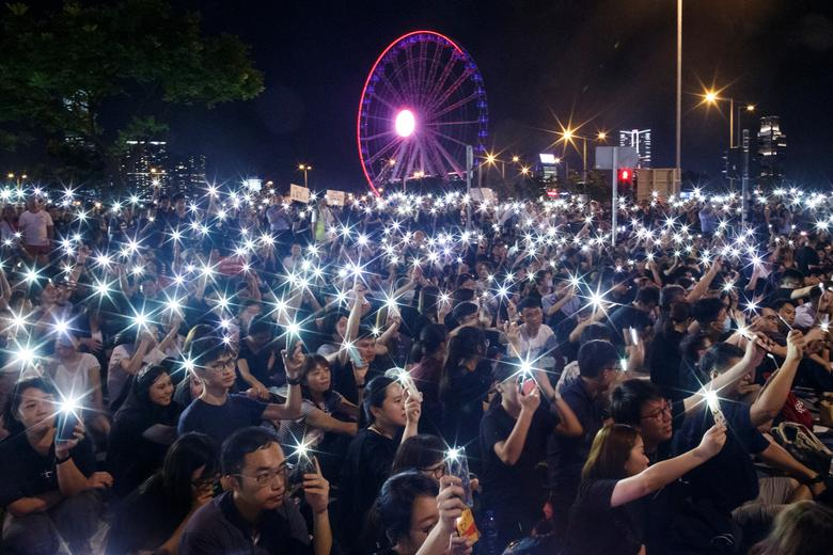 Bien nguoi bieu tinh o Hong Kong truoc G20-Hinh-3