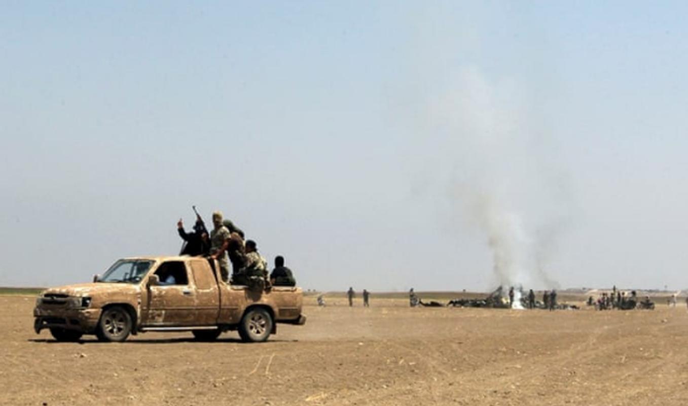 Khung bo danh up, tan sat binh si Syria tren chien truong Idlib-Hinh-4