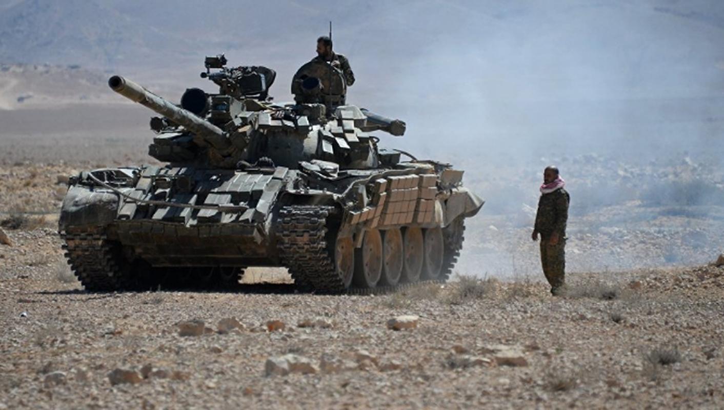 Khung bo danh up, tan sat binh si Syria tren chien truong Idlib-Hinh-8