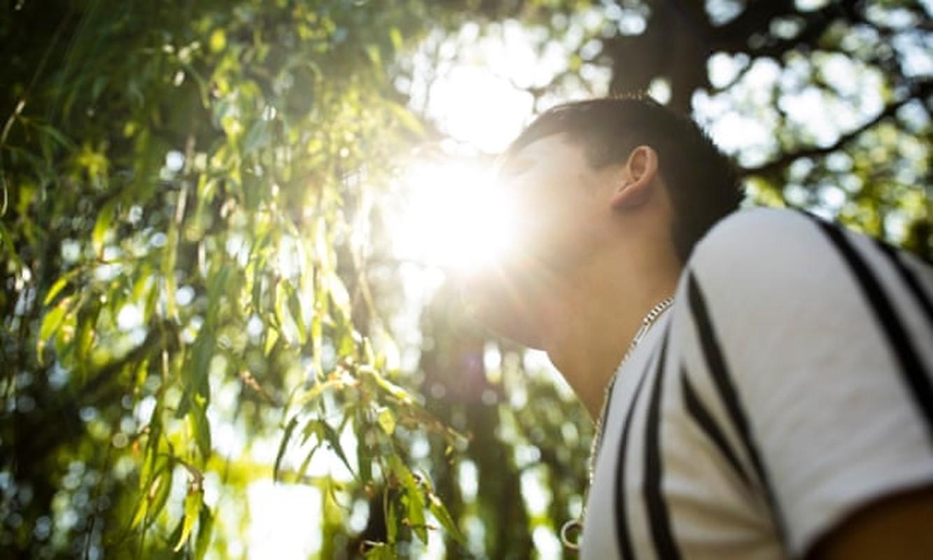 """Hai hung cuoc song """"no le"""" cua nguoi Viet sang Anh trong can sa-Hinh-15"""
