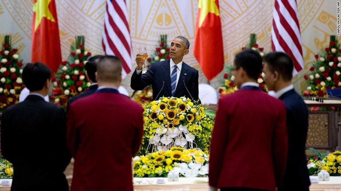 Nhin lai chuyen tham Viet Nam day an tuong cua cuu Tong thong My Obama-Hinh-10