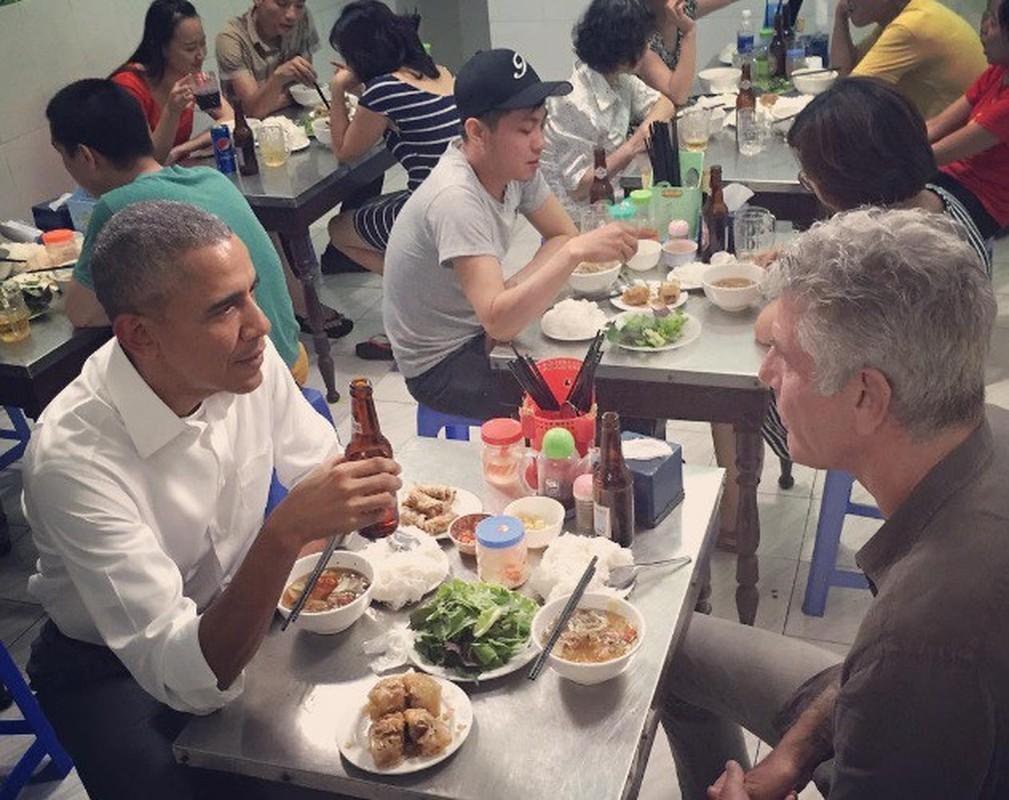 Nhin lai chuyen tham Viet Nam day an tuong cua cuu Tong thong My Obama-Hinh-13