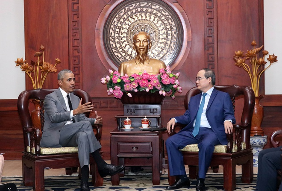 Nhin lai chuyen tham Viet Nam day an tuong cua cuu Tong thong My Obama-Hinh-2