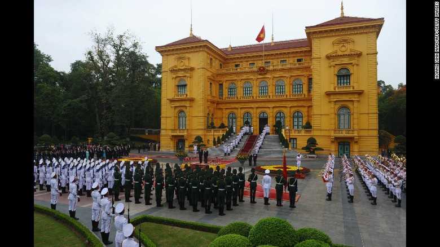 Nhin lai chuyen tham Viet Nam day an tuong cua cuu Tong thong My Obama-Hinh-7