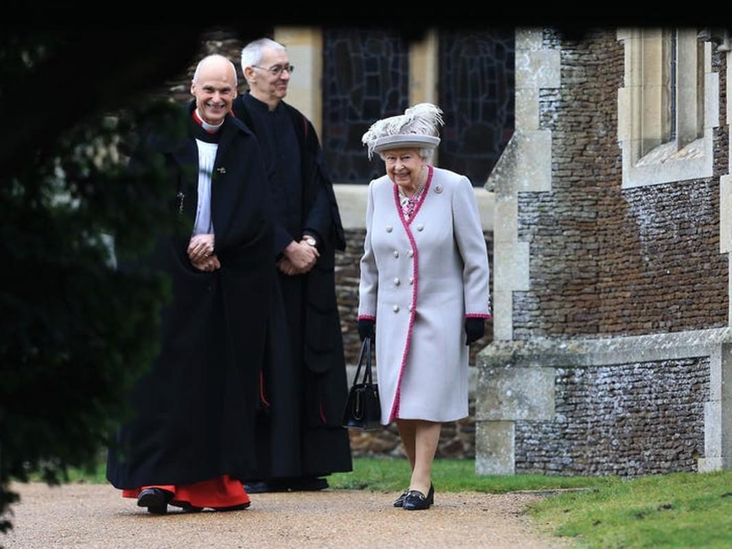 Le Giang sinh cua Nu hoang Anh Elizabeth II co gi dac biet?