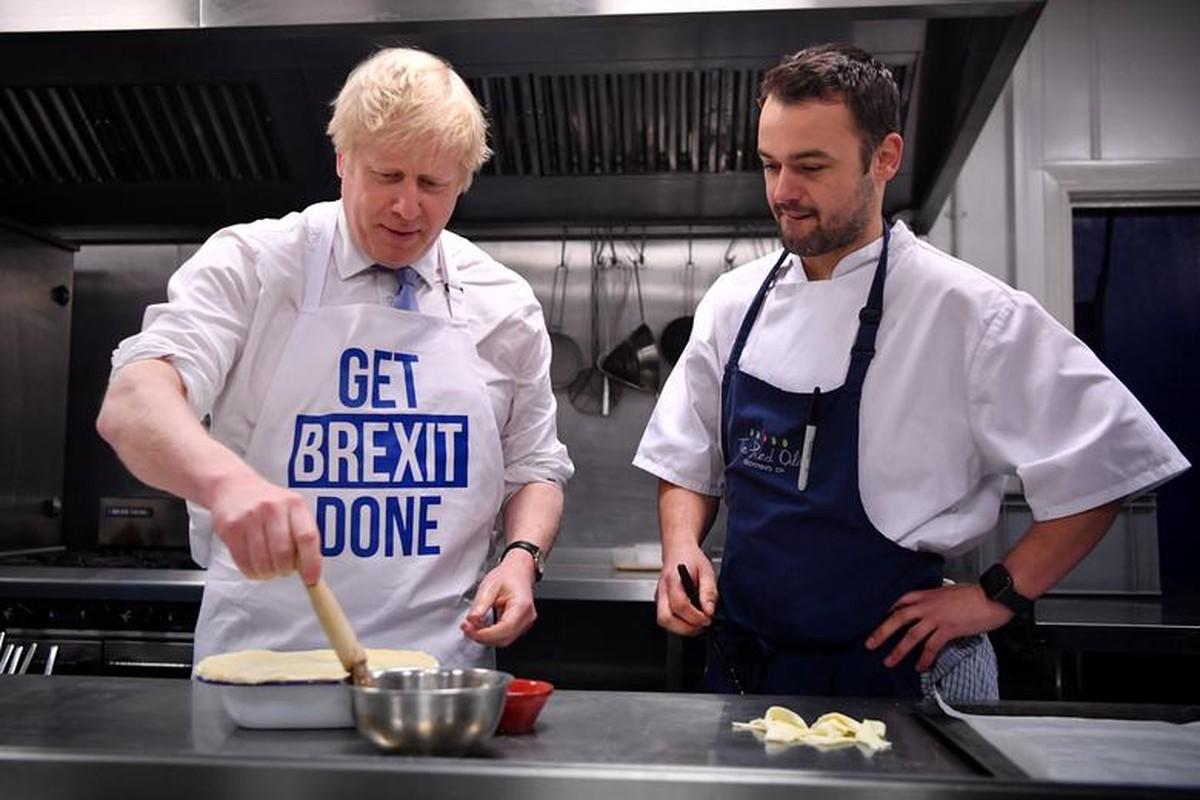 Anh: Thu tuong Anh Boris Johnson dich than di giao sua truoc tong tuyen cu-Hinh-19