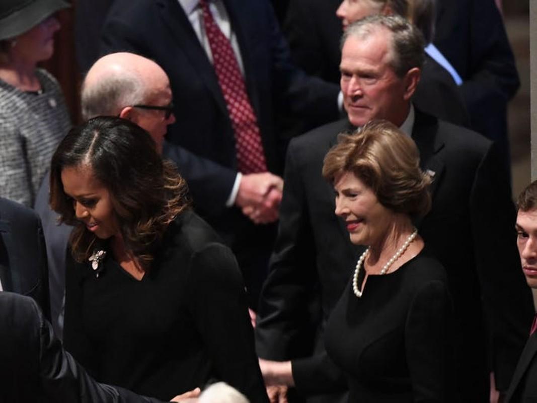 An tuong tinh ban cua cuu Tong thong My Bush va ba Michelle Obama-Hinh-7