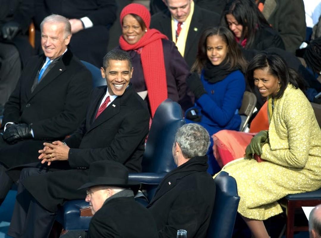 An tuong tinh ban cua cuu Tong thong My Bush va ba Michelle Obama