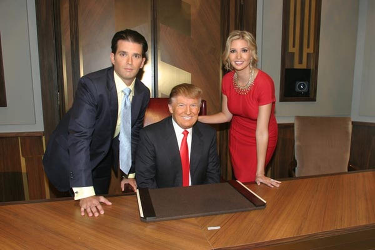 "Gia dinh ong Trump thay doi ""ngoan muc"" nhu the nao trong 10 nam qua?"