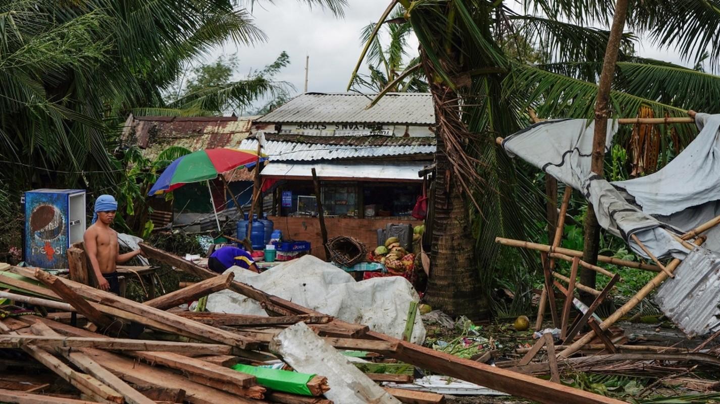Toan canh bao Phanfone can quet, Philippines tan hoang dip Giang sinh-Hinh-3