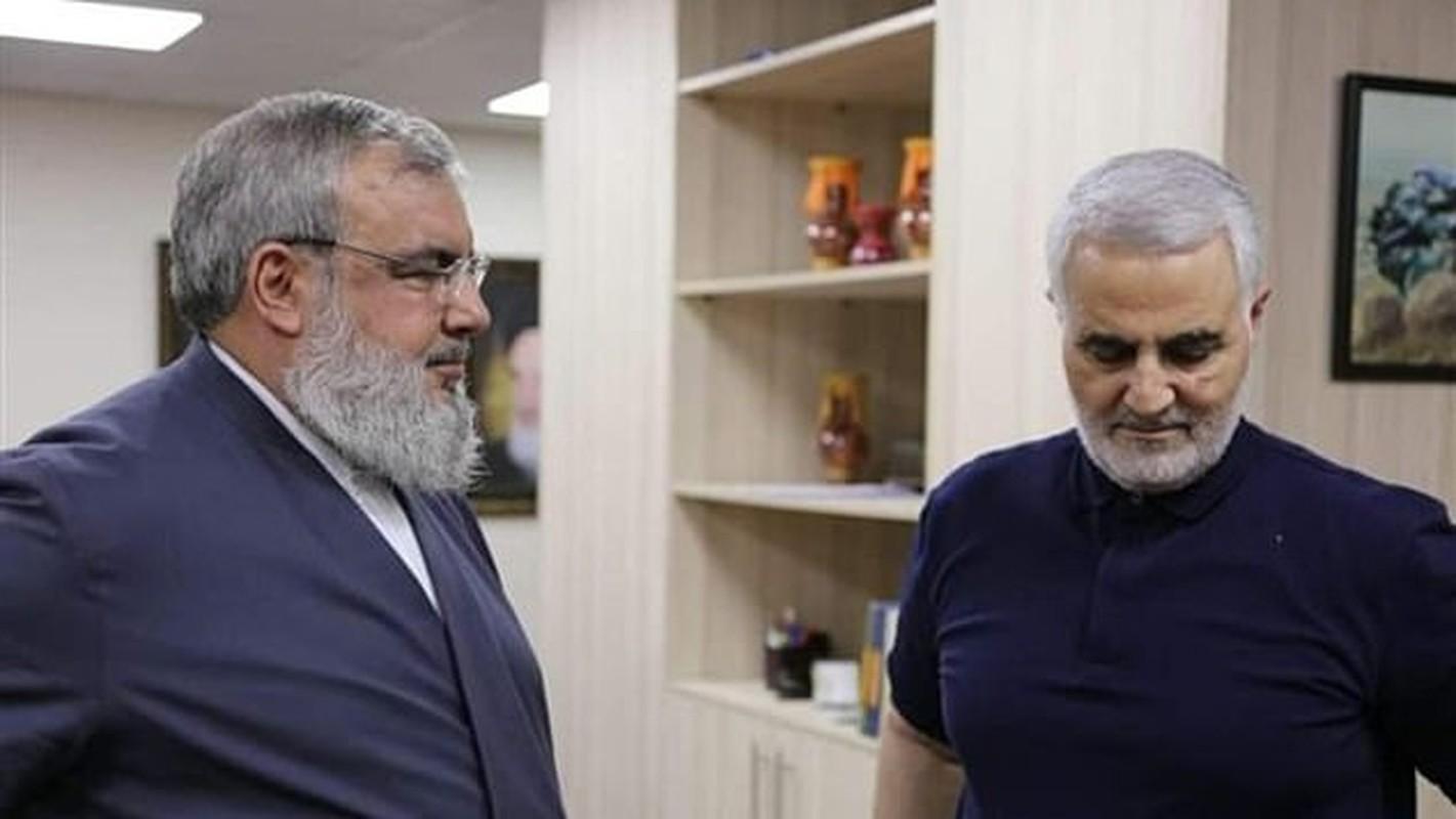 He lo hinh anh cuoi cung cua tuong Iran Soleimani truoc khi bi sat hai-Hinh-4