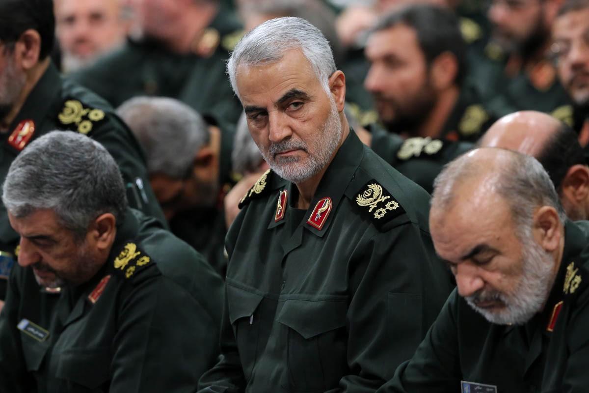 He lo hinh anh cuoi cung cua tuong Iran Soleimani truoc khi bi sat hai-Hinh-9