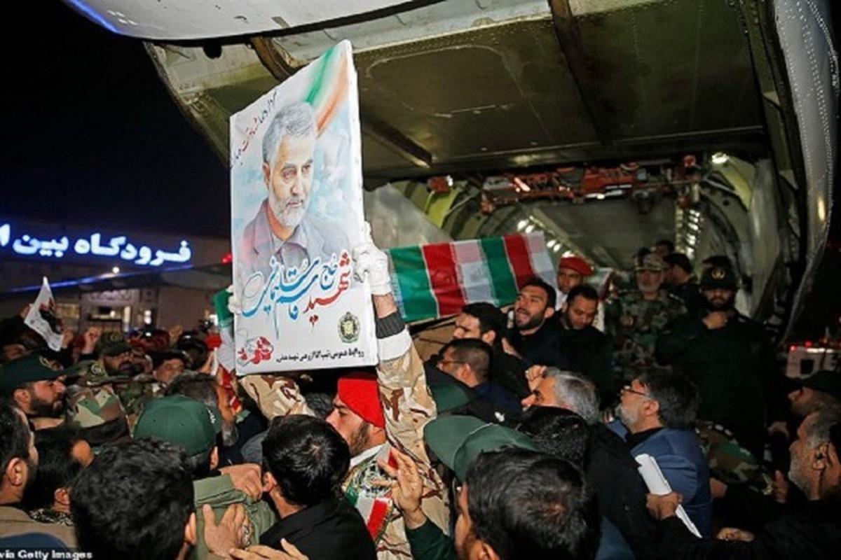 "Toan canh dam tang ""trieu nguoi"" cua tuong Iran Soleimani vua bi am sat-Hinh-12"