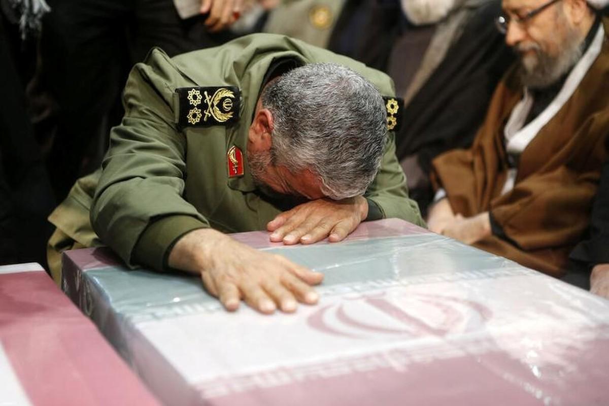"Toan canh dam tang ""trieu nguoi"" cua tuong Iran Soleimani vua bi am sat-Hinh-5"