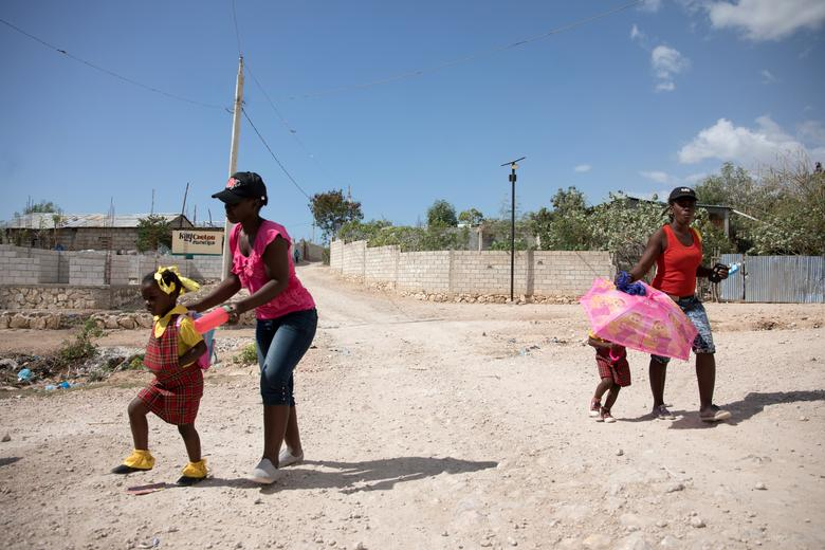Can canh Haiti 10 nam sau tham hoa dong dat 200.000 nguoi thuong vong-Hinh-3