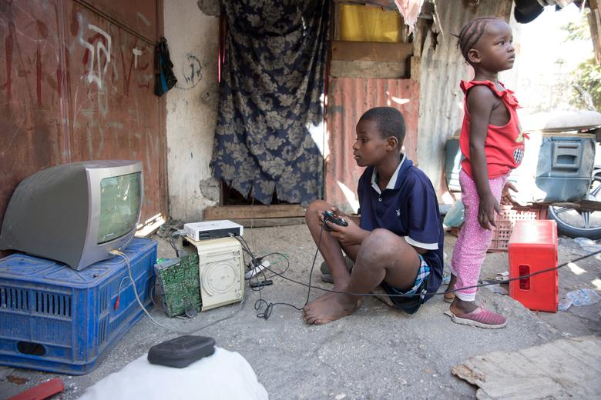 Can canh Haiti 10 nam sau tham hoa dong dat 200.000 nguoi thuong vong-Hinh-4