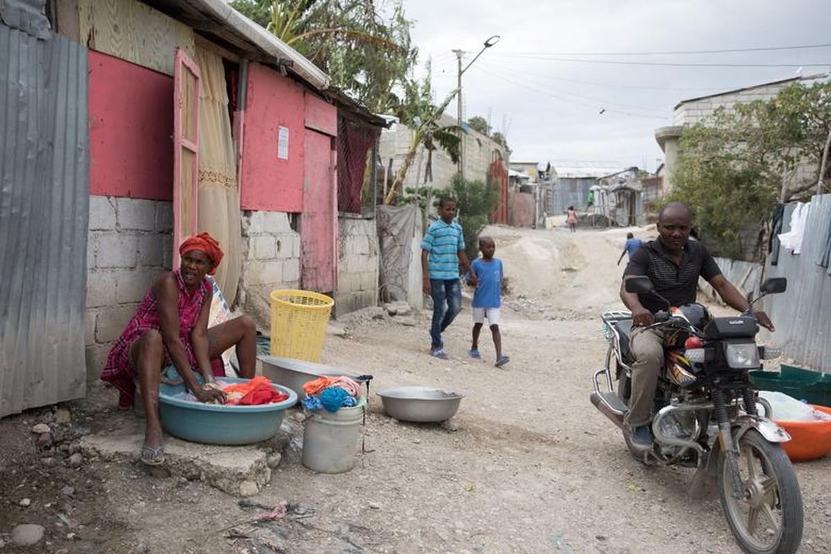 Can canh Haiti 10 nam sau tham hoa dong dat 200.000 nguoi thuong vong-Hinh-8
