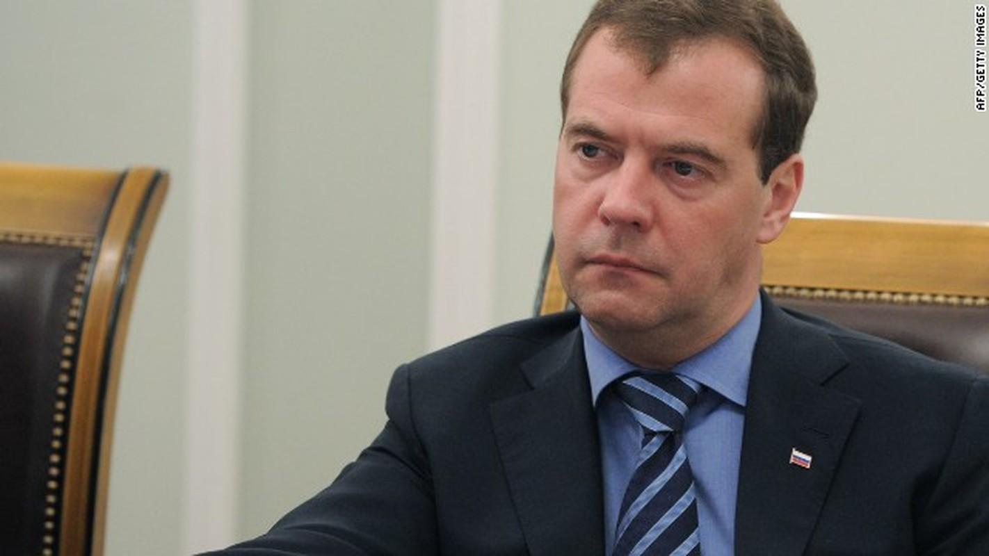 Cuu Thu tuong Nga Medvedev tung buoc len dinh cao quyen luc nhu the nao?-Hinh-10