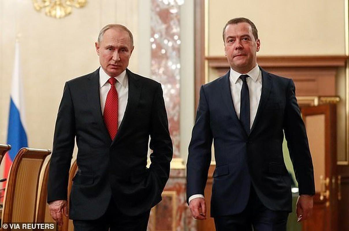 Cuu Thu tuong Nga Medvedev tung buoc len dinh cao quyen luc nhu the nao?-Hinh-13