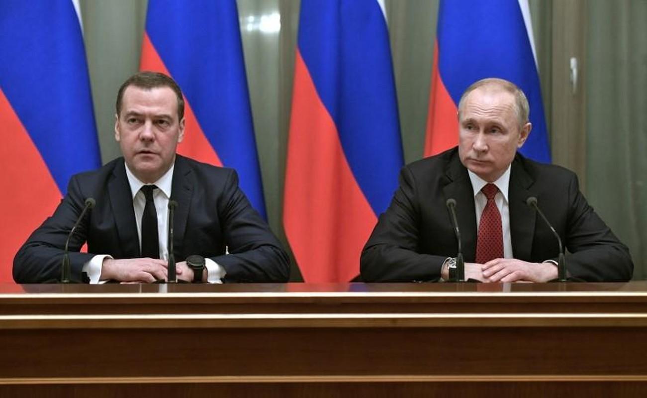 Cuu Thu tuong Nga Medvedev tung buoc len dinh cao quyen luc nhu the nao?-Hinh-2