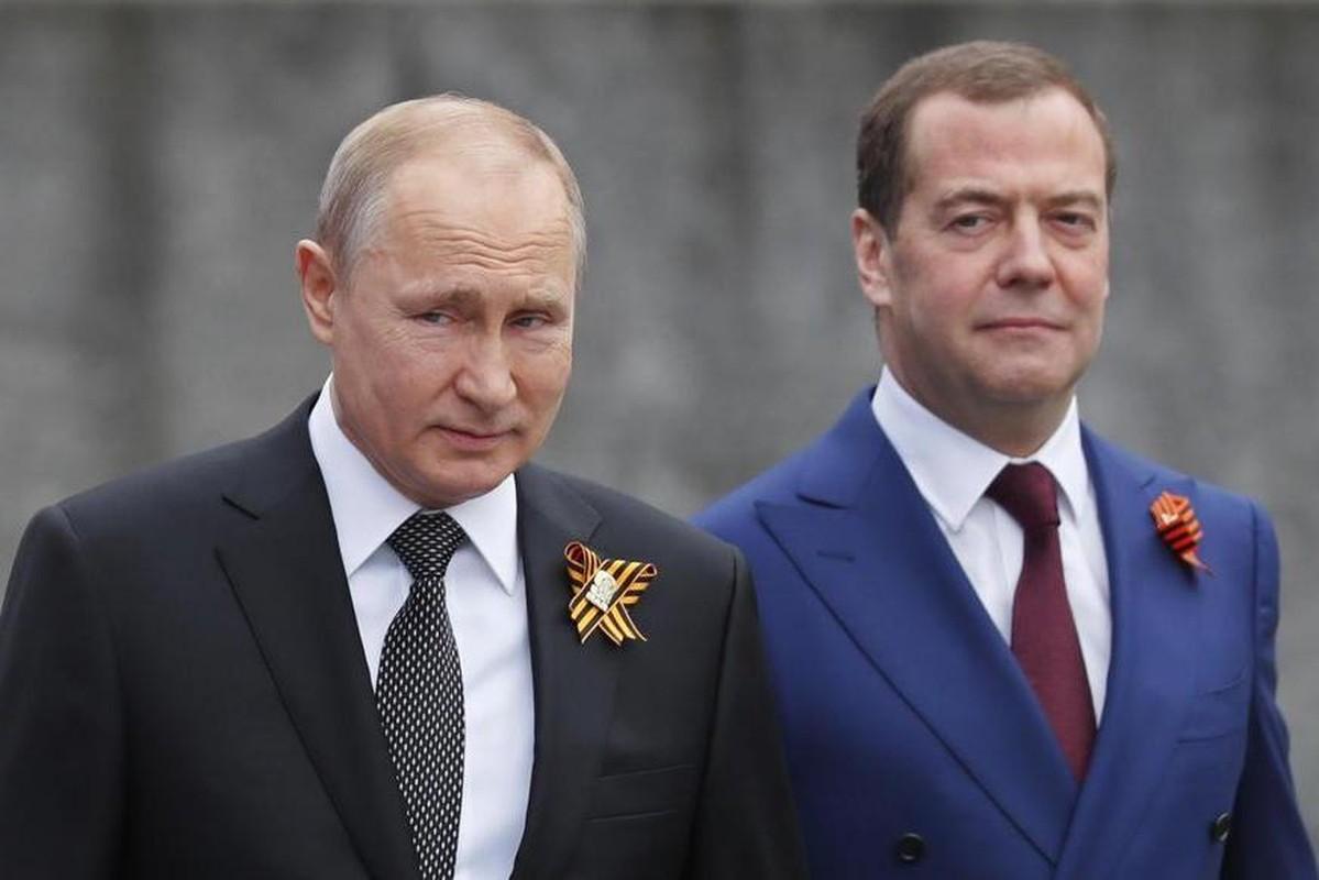 Nguong mo tinh chien huu cua Tong thong Nga Putin va cuu Thu tuong Medvedev-Hinh-2
