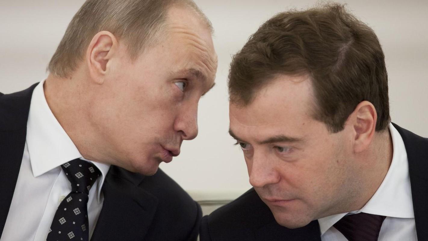 Nguong mo tinh chien huu cua Tong thong Nga Putin va cuu Thu tuong Medvedev-Hinh-3