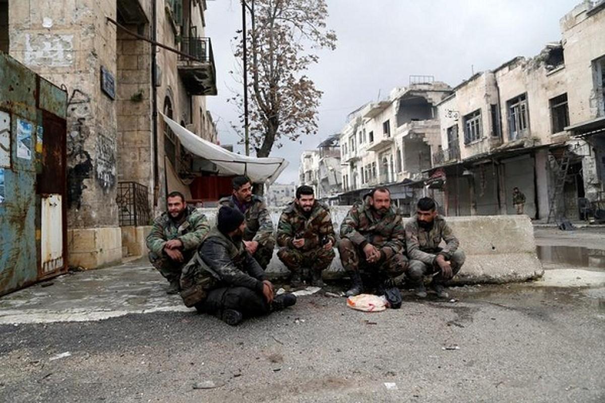 Dot nhap thanh pho chien luoc vua duoc Quan doi Syria giai phong-Hinh-9