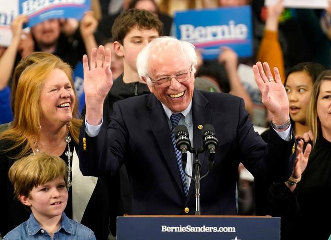 Anh: Ung vien Tong thong My Bernie Sanders thang lon tai New Hampshire-Hinh-4