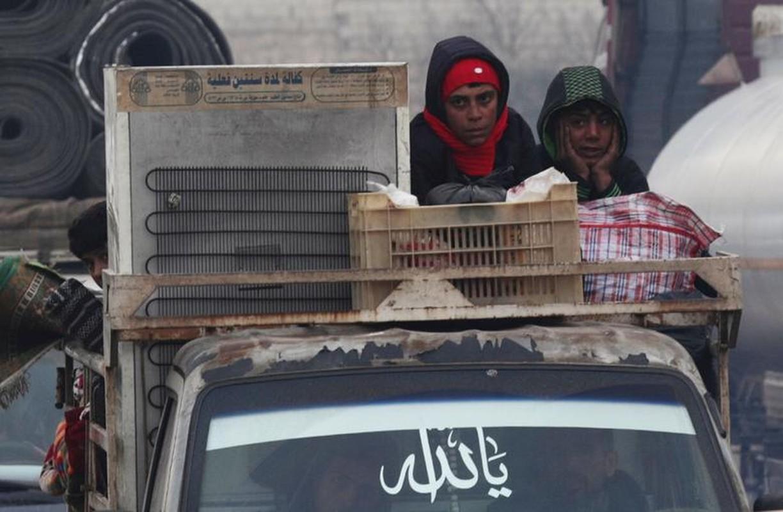 Khon kho cuoc song nguoi dan Syria phai so tan trong mua dong lanh gia