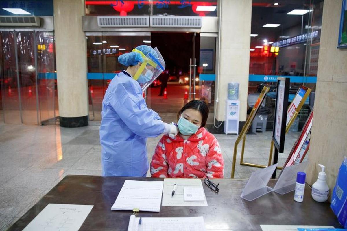 Xuc dong hinh anh y bac si Trung Quoc trong cuoc chien chong virus corona-Hinh-10