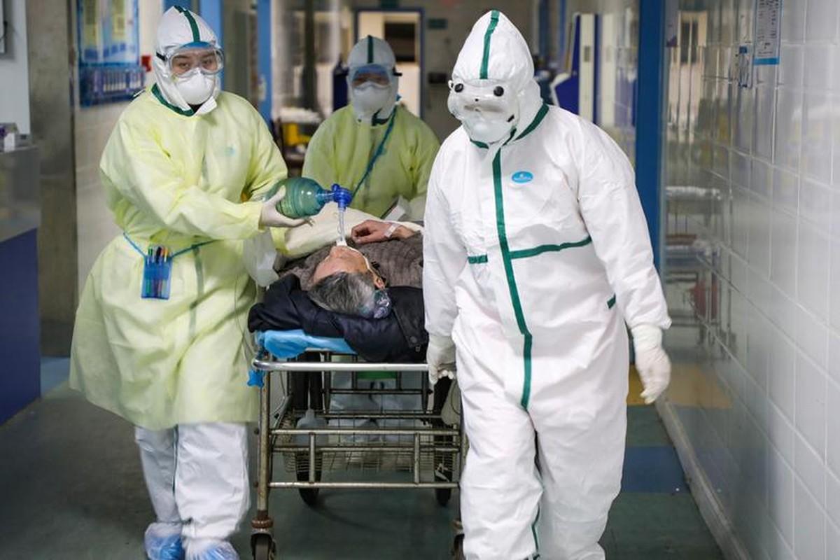 Xuc dong hinh anh y bac si Trung Quoc trong cuoc chien chong virus corona-Hinh-6