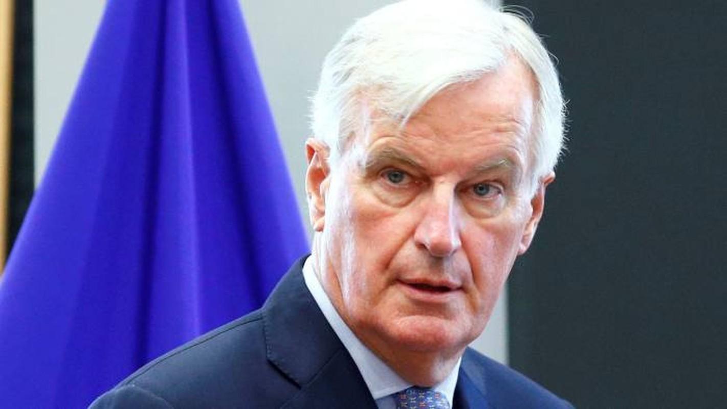 Chan dung Truong doan dam phan Brexit cua EU nhiem Covid-19-Hinh-10