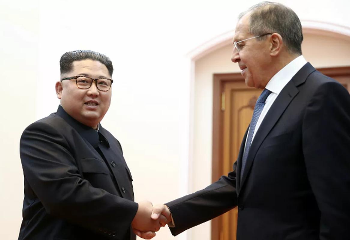 Loat hinh an tuong Ngoai truong Nga Sergei Lavrov trong cong viec, doi thuong-Hinh-10