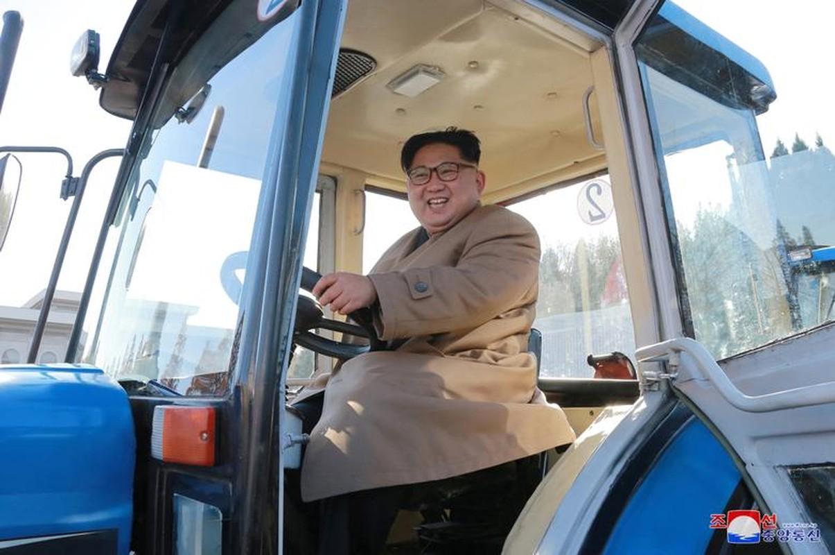 Loat hinh an tuong ve cac hoat dong cua nha lanh dao Kim Jong-un-Hinh-10