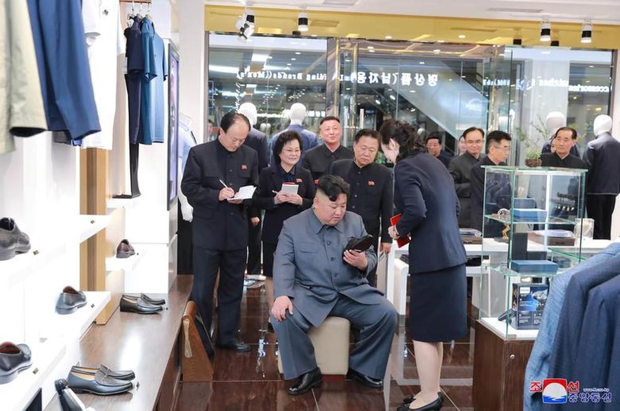 Loat hinh an tuong ve cac hoat dong cua nha lanh dao Kim Jong-un-Hinh-11
