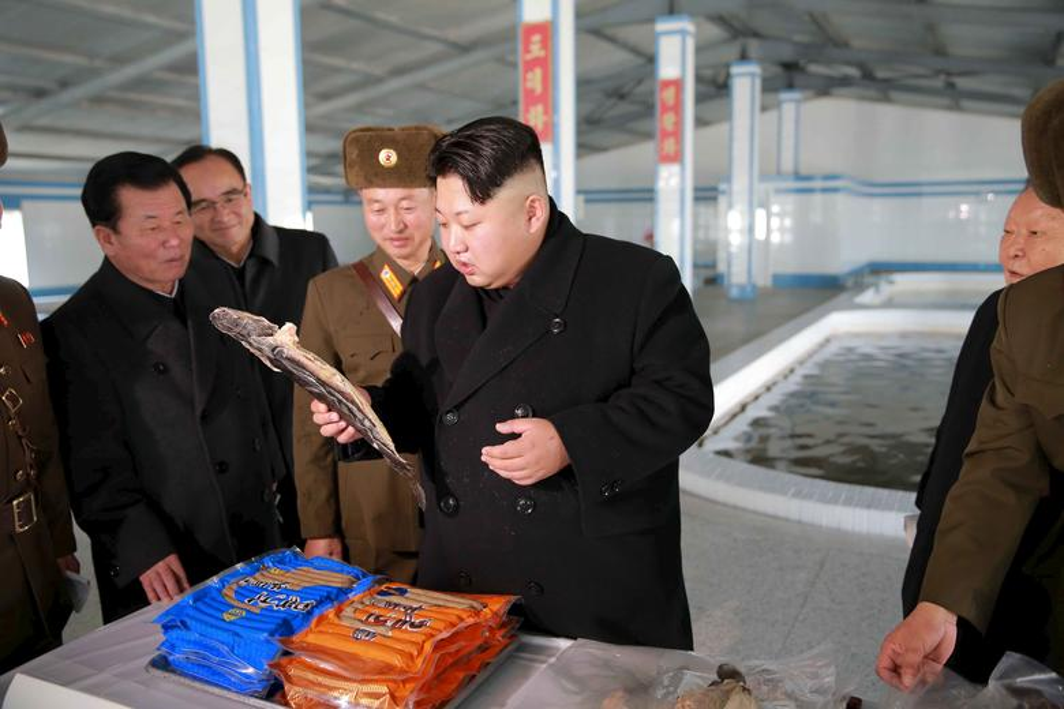 Loat hinh an tuong ve cac hoat dong cua nha lanh dao Kim Jong-un-Hinh-12