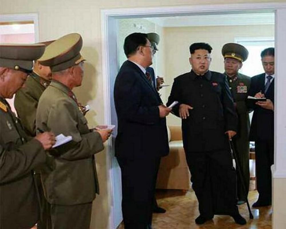 """Nhin lai lan """"o an"""" 40 ngay cua nha lanh dao Kim Jong-un nam 2014-Hinh-8"""